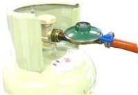 Gasdrukregelaarset 30mb met 1,5 meter gasslang en klemmen