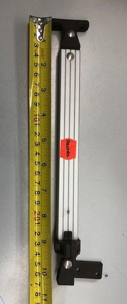 Caravelair raamuitzetter 27 cm rechts van BUITENAF gezien